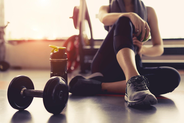 """Krafttraining unterstützt Dich! Lies hierzu auch den Beitrag: """"Fitnessstudio oder Outdoor-Sport"""""""