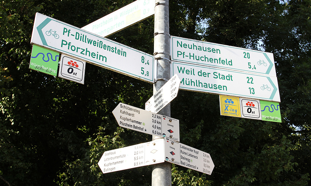 Reportage Würm-Rad-Weg - Wegweiser im Pforzheimer Stadtteil Würm - Copyright Hans-Jörg Ernst