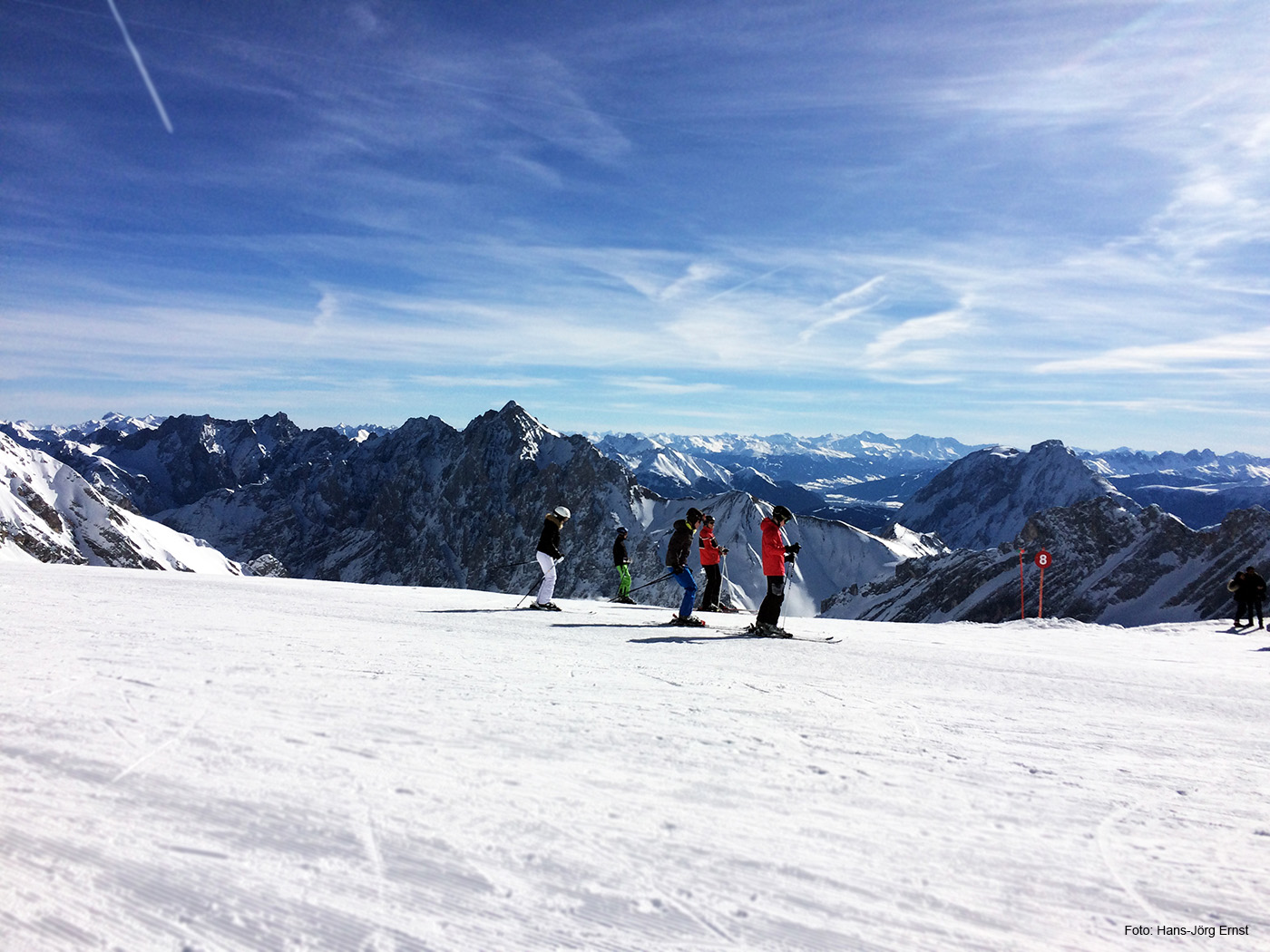ANKUNFT AM ZUGSPITZPLATT Ski untergeschnallt und los geht's - Juhuu!