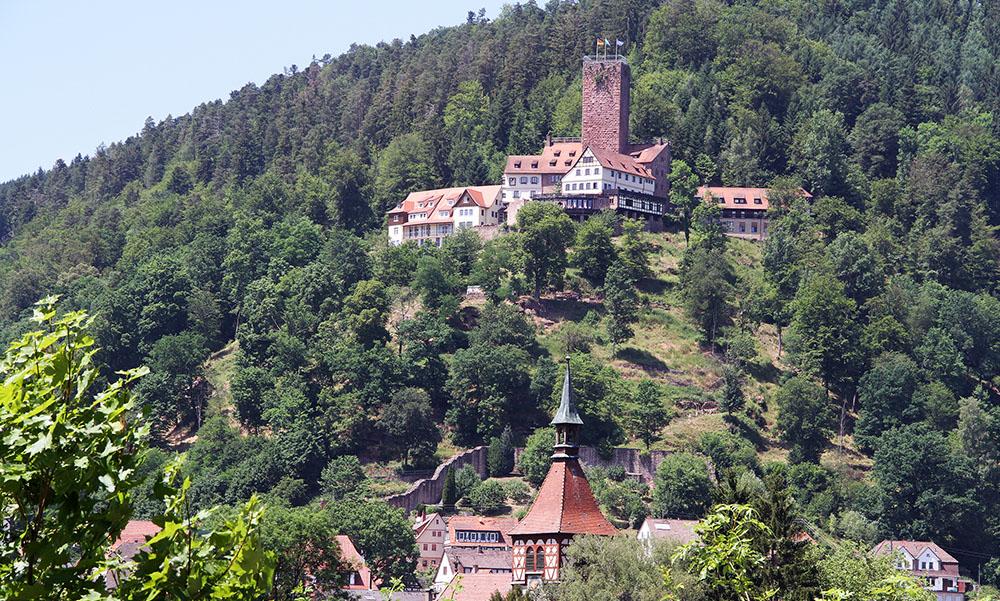 hochblau Magazin - Burg Bad-Liebenzell - Copyright Hans-Jörg Ernst