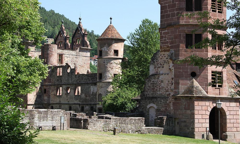 hochblau Magazin - Ruinen Jagdschloss Hirsau - Copyright Hans-Jörg Ernst