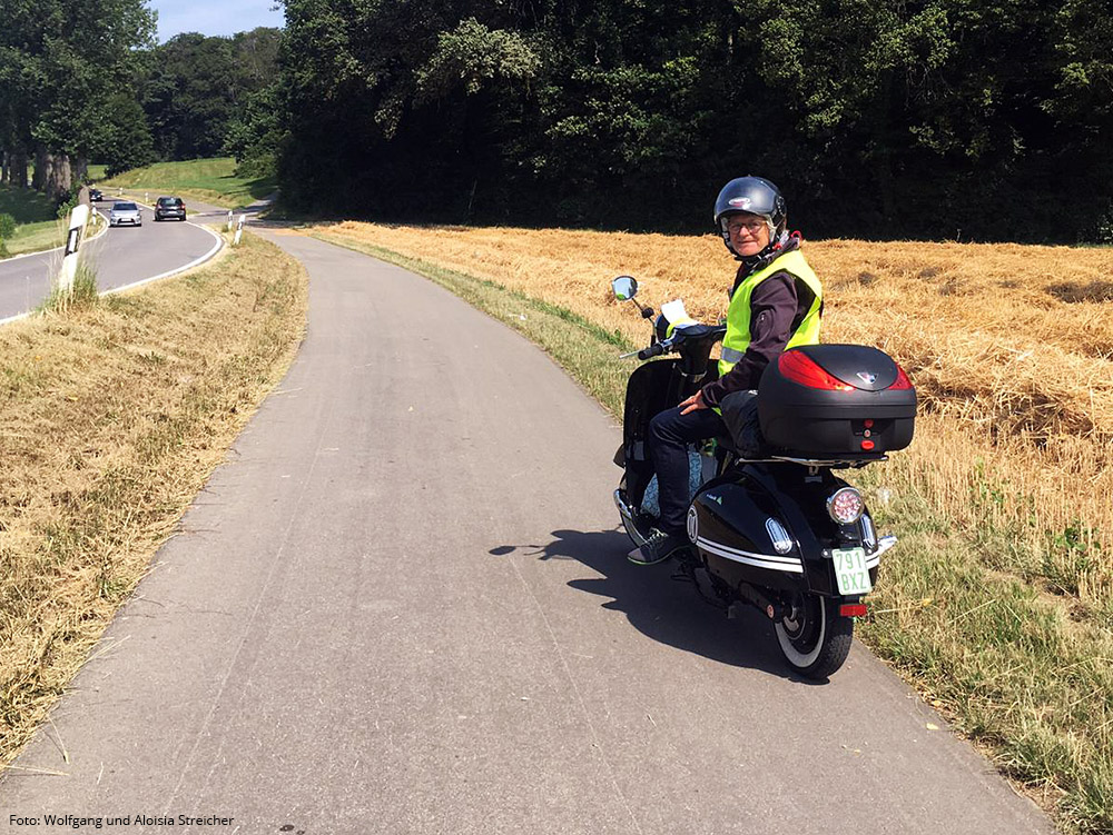 Fahren auf den Wirtschaftswegen ist hier erlaubt: Ab Hegne Freigabe der landwirtschaftlichen Wege für Kleinkrafträder | Foto: Wolfgang und Aloisia Streicher