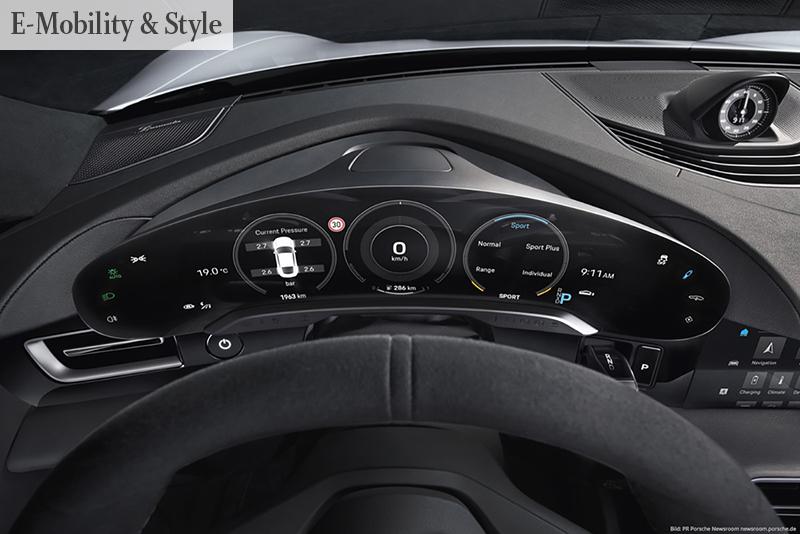 UNTER STROM Auch im Cockpit des Porsche Taycan ist der Aufbruch in ein neues Zeitalter abzulesen | Foto: PR Porsche Newsroom newsroom.porsche.de