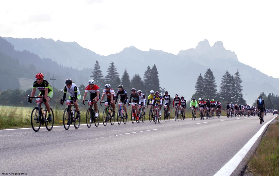AUF ZWEI RÄDERN Der Rad-Marathon im Juli ist eines der sportlichen Highlights. | Foto: Hans-Jörg Ernst