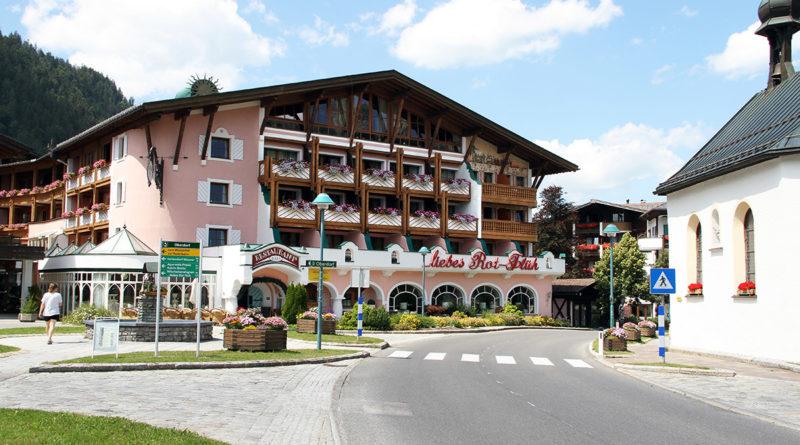Hotel liebes Rot-Flüh