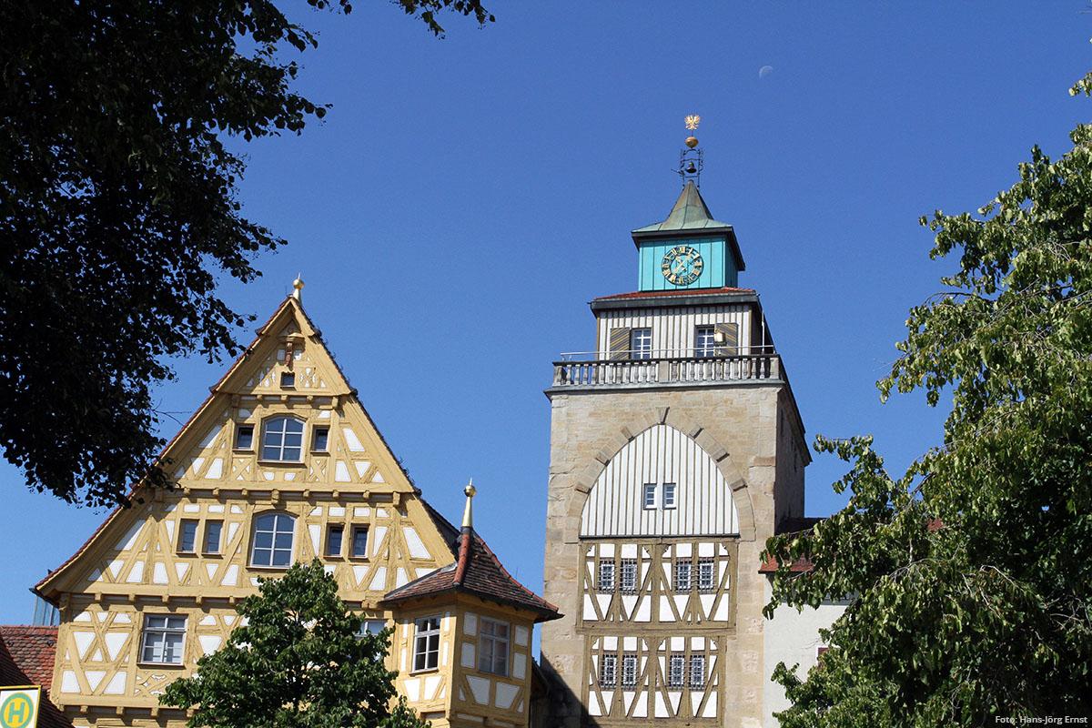 STANDFEST Eine Möglichkeit, die historische Innenstadt zu erkunden: durch das einzige erhaltene Stadttor von 1555. | Foto: Hans-Jörg Ernst