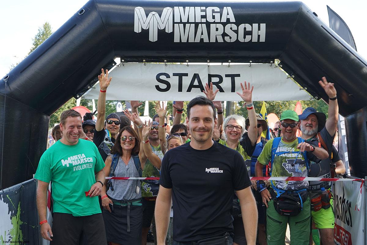 Megamarsch Start mit Marco Kamischke