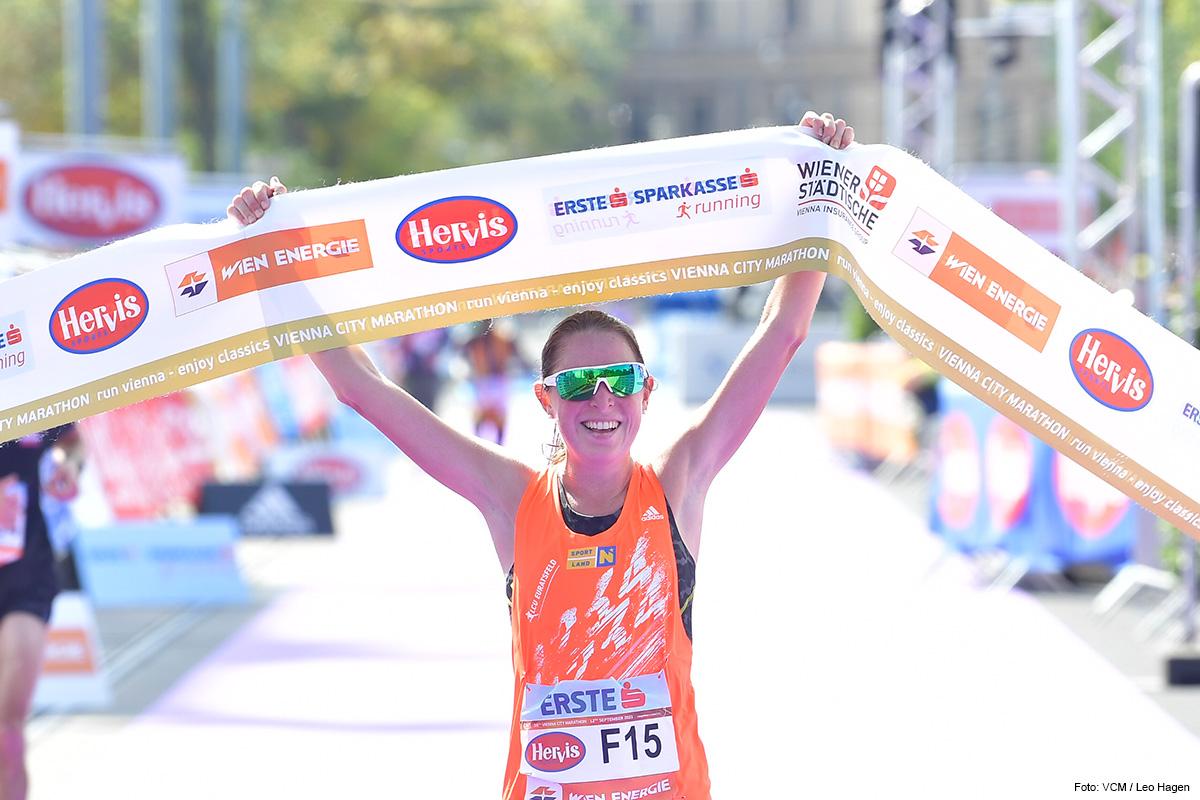 SCHNELLSTE ÖSTERREICHERIN Marathon-Staatsmeisterin wurde Victoria Schenk in 2:46:25 Stunden